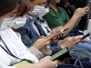 지하철·버스 등 대중교통 이용시 마스크 의무착용 첫 날